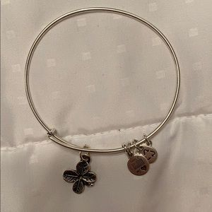 Four Leaf Clover Alex and Ani